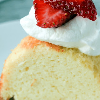 Keto Vanilla Pound Cake.