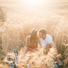 Wedding photographer Evgeniya Borkhovich (borkhovytch). Photo of 13.08.2018