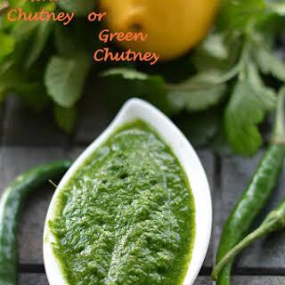 Coriander Mint Chutney or Green Chutney.