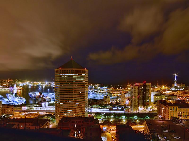 Genova by night  di Andre76