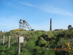 Photo: vestiges des mines (cuivre, argent etc)