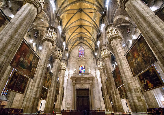 Simmetrie gotiche di Gianluca Presto