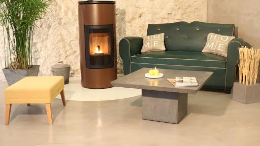 les-betons-de-clara-applicateurs-specialistes-revetement-sol-beton-cire-loiret-45-gien-jargeau-montargis-orleans-pithiviers-malesherbes-sol-enduit-decoratif-en-beton-cire-pour-piece-a-vivre-