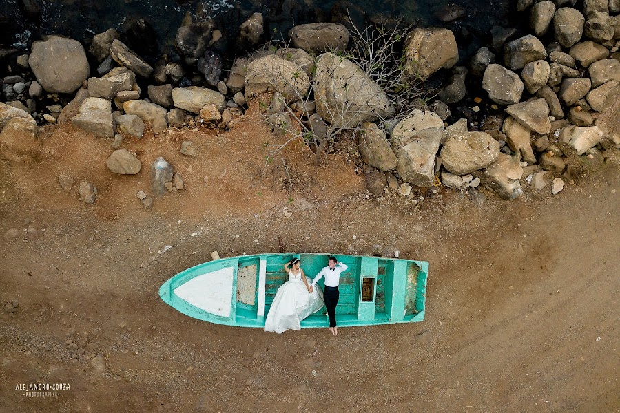 Wedding photographer Alejandro Souza (alejandrosouza). Photo of 22.05.2019