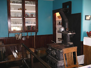 Photo: more of Mrs. Shapiro's kitchen