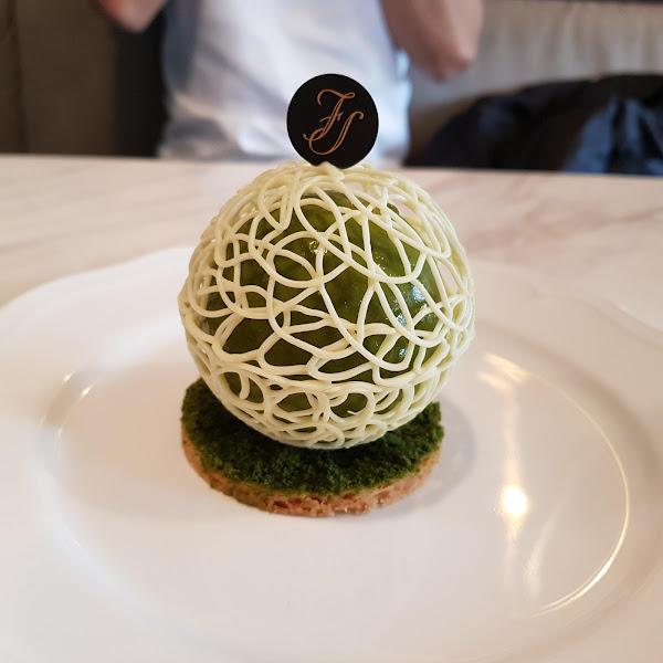 法蕾熊手工經典舒芙蕾。宛如置身歐洲沙龍,浮誇系法式甜點