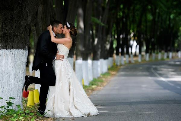Wedding photographer Bozhidar Krastev (vonleart). Photo of 10.08.2017