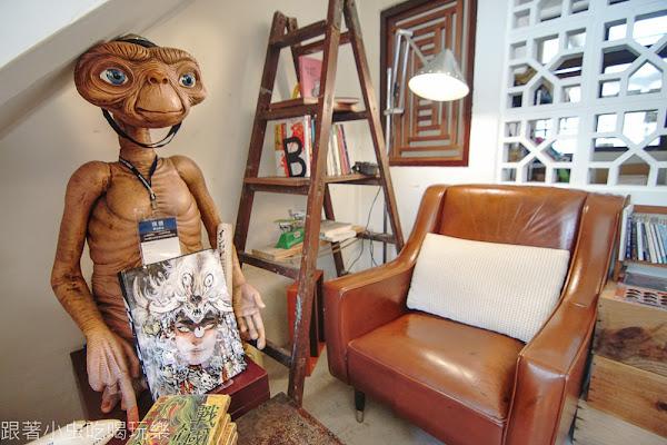 散步咖啡|老屋咖啡館ET陪你聽音樂喝咖啡 美味紅槽豬排三明治