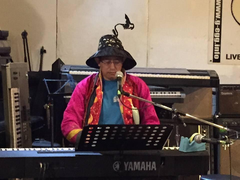 自作曲のピアノ弾き語り + 「たすひで」 (TASKE企画 [歌舞伎町の詩人達の集い その51])