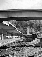 Photo: Reconstrução da Estação Leopoldina, que pouco tempo depois seria inaugurado como Rodoviária Leopoldina. Foto da década de 60