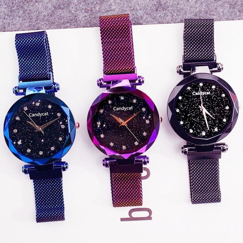 Đồng hồ giúp sắp xếp công việc dễ dàng hơn