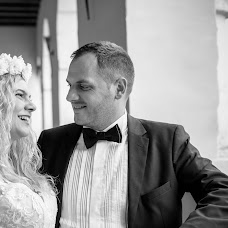 Wedding photographer Adrian Murgea (adrianmurgea). Photo of 01.03.2018