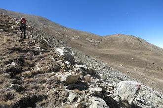 Photo: Au collet à 4810m, on poursuit vers un deuxième collet à 4905m