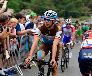 Oliver Naesen krijgt fiets tegen bekken in Ronde van Valencia en laat foto's nemen