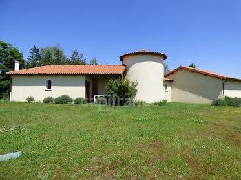 maison à Renaison (42)