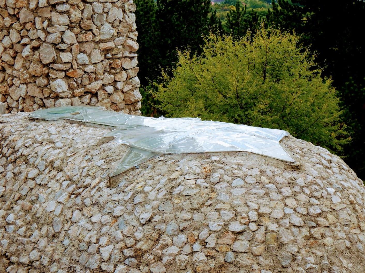 Pilisszántó - Boldogasszony sziklakápolna