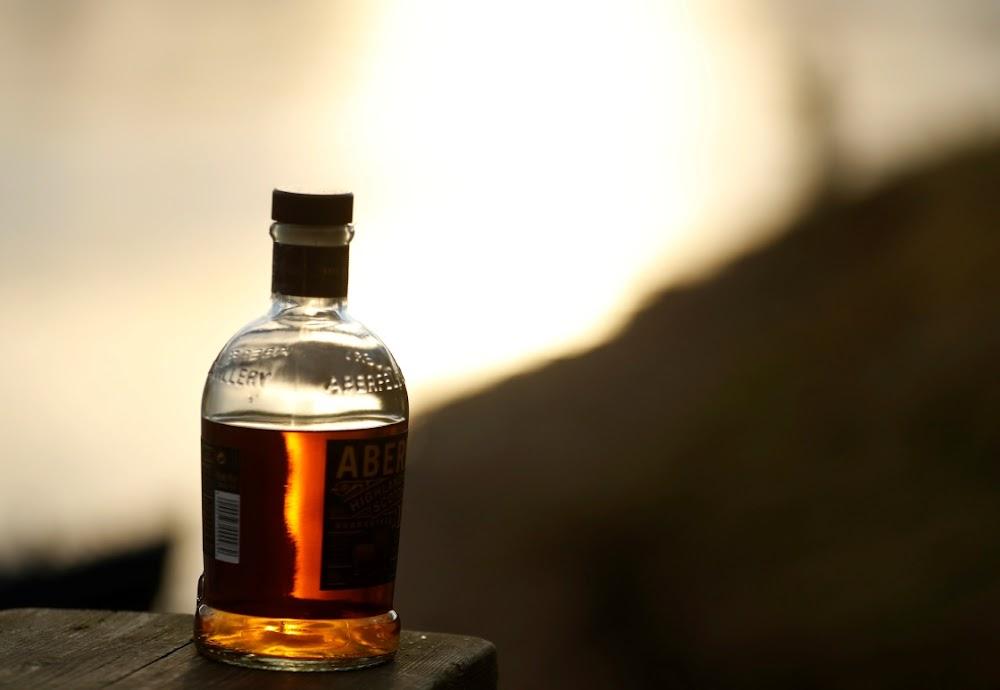 Wêreldwye whisky-oplewing kry Japanse distilleerdery 24/7