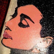 Photo: Audrey Hepburn - 1956 Portraitist Yousuf Karsh  20x20cm  Soggetto realizzato con stencil fatto a mano, colori acrilici spray, foglia oro e argento, brillantini rosa e neri su tela.  Subject made with handmade stencil with acrylic colours, golden and silver leaf, black and pink glitters on canvas.  NON DISPONIBILE