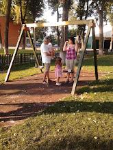 Photo: keresztanyáék és Klári unokatestvérke nyári látogatása