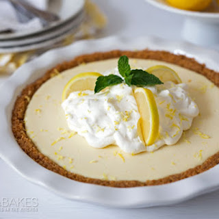 Creamy Lemon Yogurt Pie