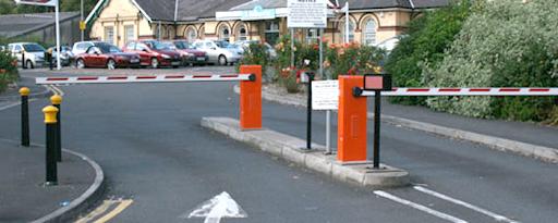 Barie tự động giúp phân luồng giao thông