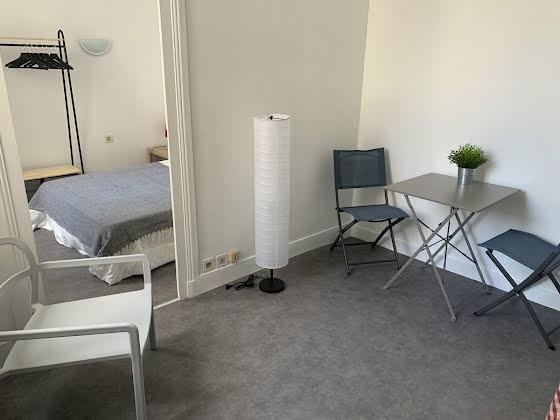 Location appartement meublé 2 pièces 19 m2
