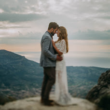 Wedding photographer Nils Hasenau (whitemeetsblack). Photo of 21.04.2017