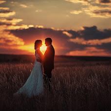Wedding photographer Konstantin Podkovyrov (Civic). Photo of 12.10.2014