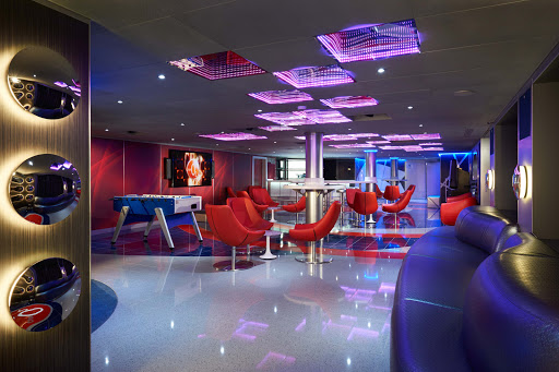 Club O2 is the teen hangout on Carnival Vista.