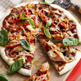 Smokey Barbecued Chicken Pizzas