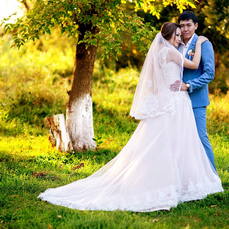 Wedding photographer Arkadiy Sharmanzhinov (arkadii5555). Photo of 22.10.2017