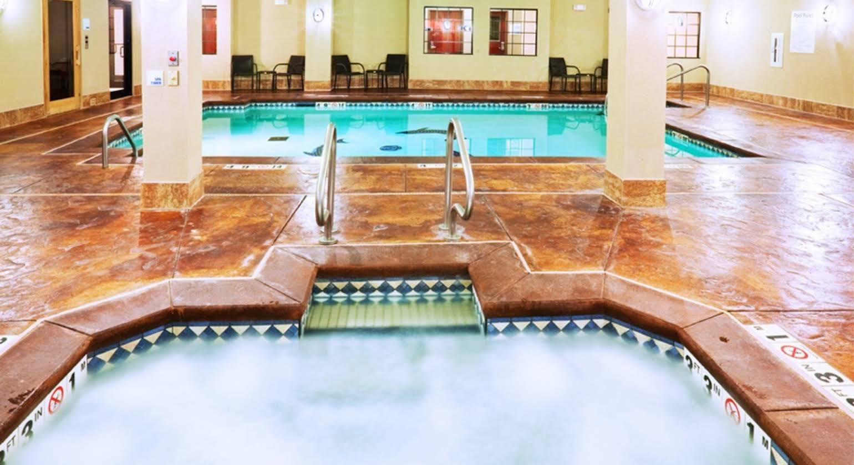 Holiday Inn Express Hotel & Suites Oklahoma City-West Yukon