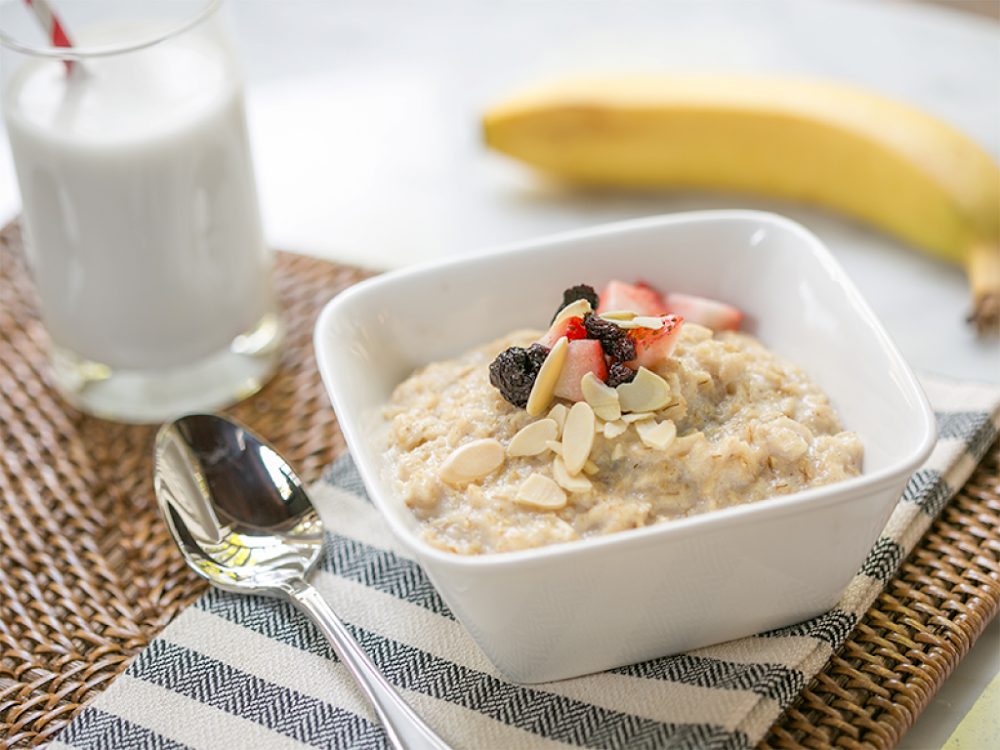 energy-food-and-drink-without-caffeine_oatmeal