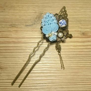 粉藍鈕扣雙面髮釵
