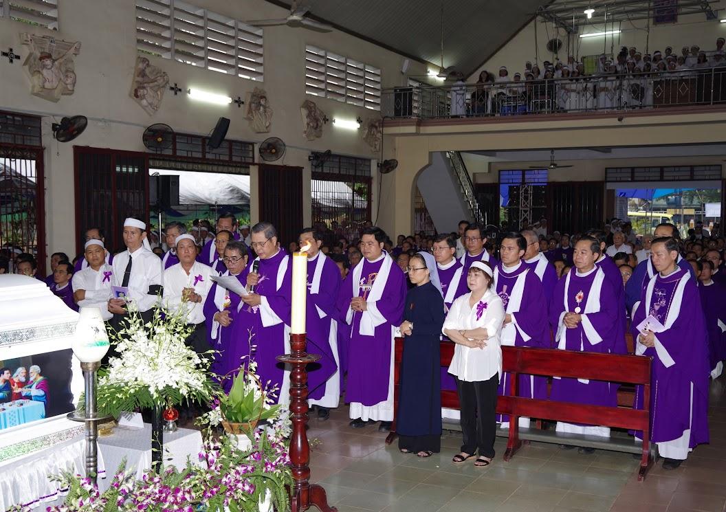 Thánh lễ an táng Cha Giuse Trần Ngọc Tâm - Chánh xứ Xuân Đức - Ảnh minh hoạ 26
