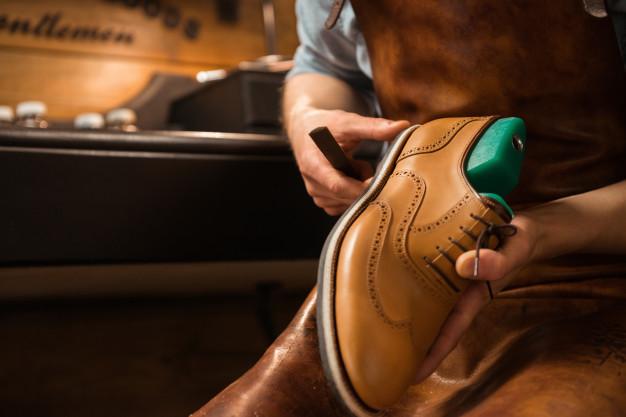polish shoes