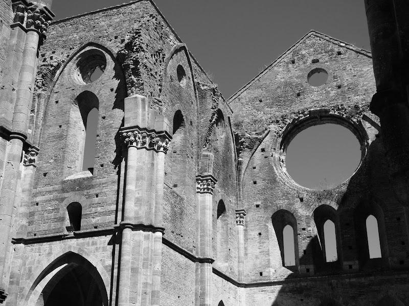 Abbazia di San Galgano di sarasphotography