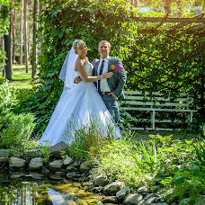 Wedding photographer Mikhail Starikov (MSTAR). Photo of 25.03.2014