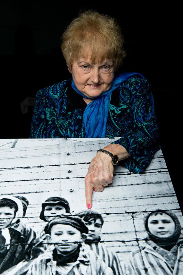 """Ева Кор (80 лет) - бывшая узница концлагеря """"Освенцим"""""""