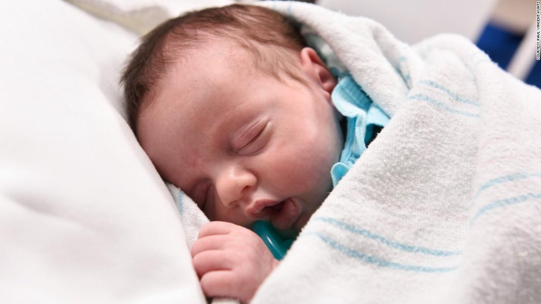 Lynlee Boemer, Baby, Born Twice, sacrococcygeal teratoma, tumour, pregnancy, Lynlee Hope, Darrell Cass, Oluyinka Olutoye, Texas Children's Hospital