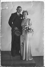 Photo: Zus van mijn vader, Jacoba Schong en zwager( Gerrit Wijker) geb.1913 ?( Ovl. 1988. op de dag dat zij 50 jaar waren getrouwd. Co. Geb. 1915. Ovl. 2008 Gehuwd. in 1938.  Zij hadden geen kinderen.