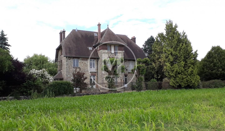 Farm house Montreuil-aux-Lions