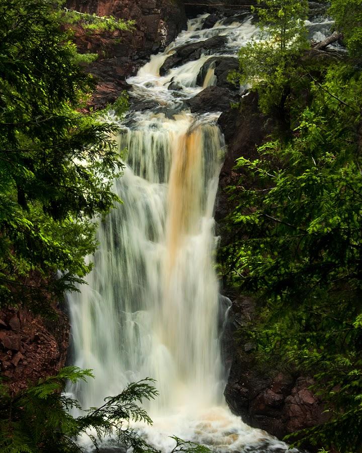 Copper falls by Stephen  Barker - Landscapes Travel