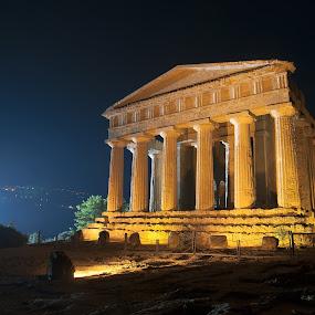 Il Tempio della Concordia  by Giovanni Bartolomeo - Buildings & Architecture Statues & Monuments ( giobbyx )