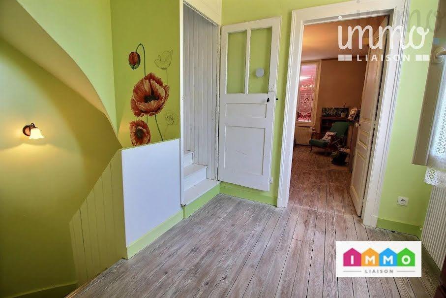 Vente maison 10 pièces 222 m² à Revigny-sur-Ornain (55800), 150 000 €