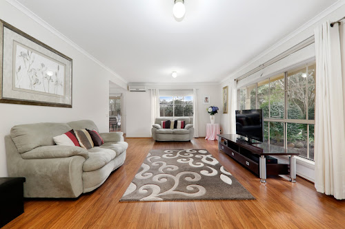 Photo of property at 2/67 Forest Road, Ferntree Gully 3156