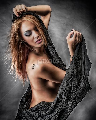 lynsey lohan nude