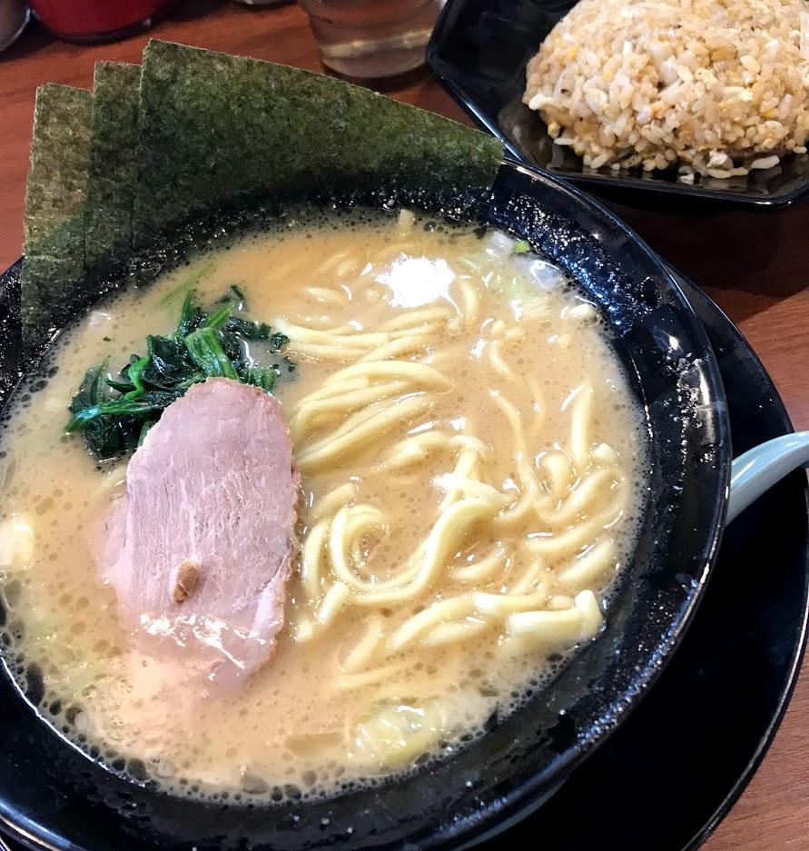 横浜家系ラーメン 鶴乃家