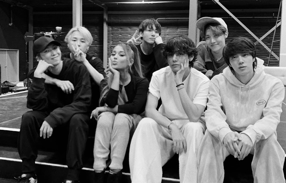Ariana-Grande-and-BTS-could-be-collaborating-on-a-song