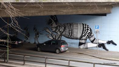 """Photo: Storpviertel; Oberschlesienstraße; SKOUNT; """"The Automaton Repairer"""" (2012)"""""""
